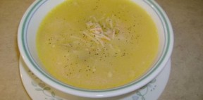 Şehriyeli tavuk çorbası